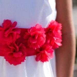 Ceinture cérémonie fleurs fuchsia