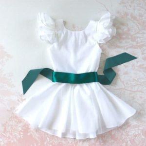 tenue mariage fillette avec ceinture ruban vert émeraude