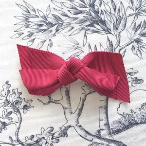 barrette noeud rouge carmin