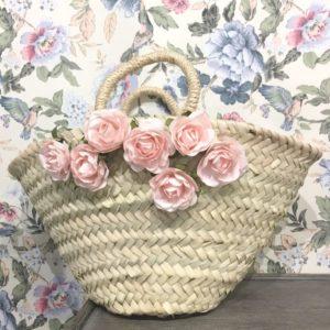 petit panier en paille, avec décor fleuri pour enfant d'honneur maison ème