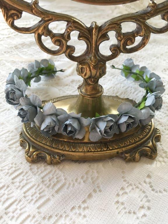 couronne-fleurs-bleu-gris