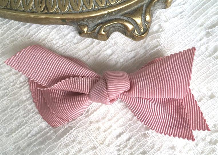 barrette-rose-poudre-coiffure-fillette